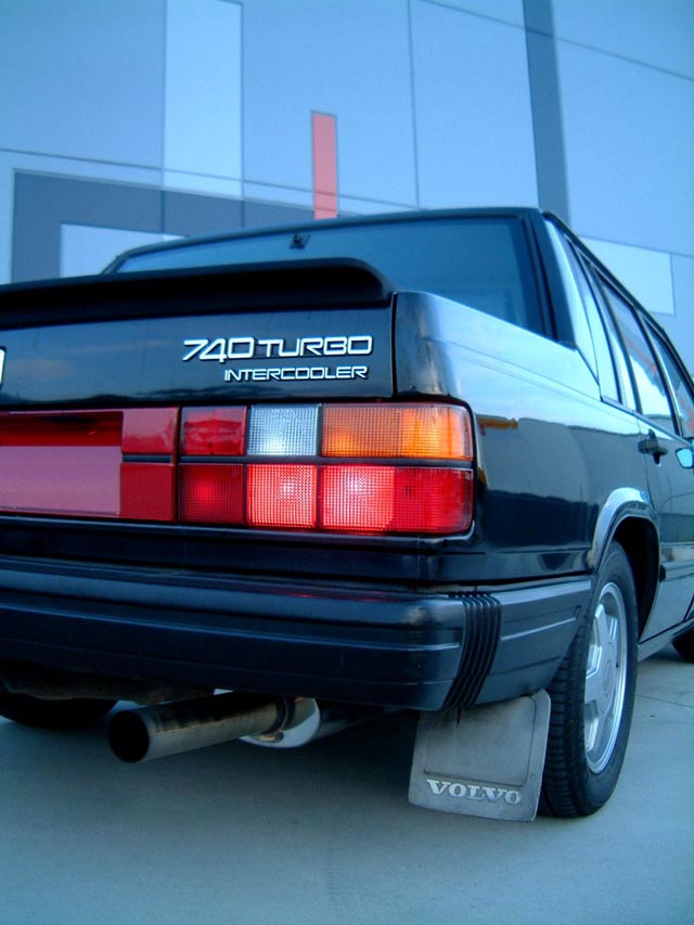 Volvo 740 Mods - The Wing That Was Optional On Some Turbos And Stantard On Other Turbos Is Like The One In Photo Below - Volvo 740 Mods